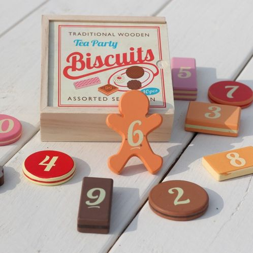 Wooden Biscuit Game image #1