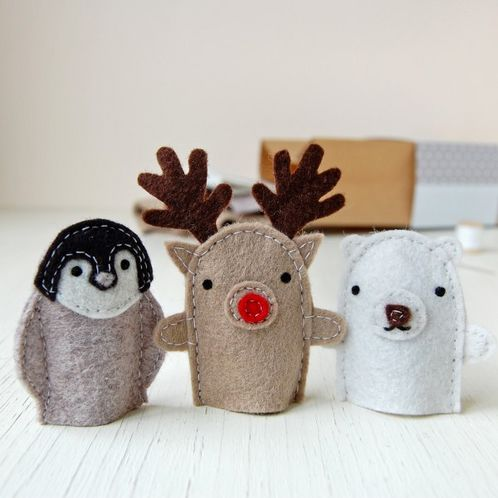 Make Your Own Winter Finger Puppets image #1